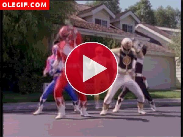GIF: Power Rangers bailando