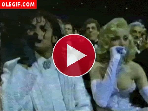 GIF: Michael Jackson y Marilyn Monroe