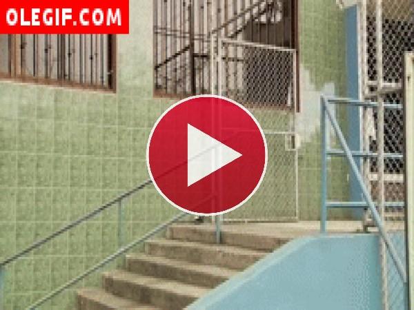GIF: Caída con el skate
