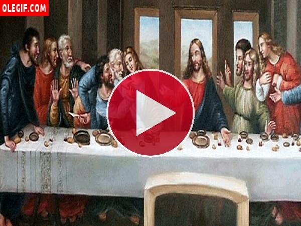 Judas y Jesús jugando a piedra, papel o tijera durante la última cena