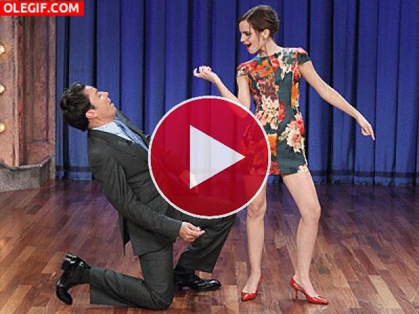 GIF: El bailecito de Emma Watson y Jimmy Fallon