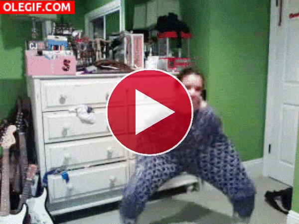 GIF: La danza del pijama