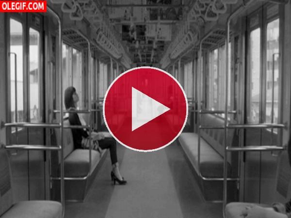 GIF: Viajando en tren