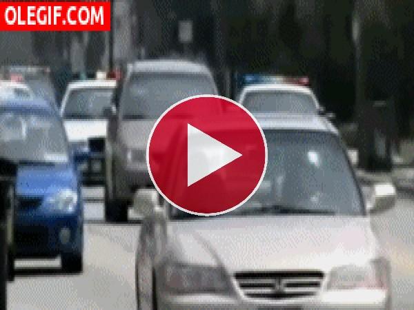 GIF: Persecución policial