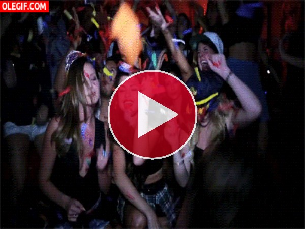 Selena Gomez de fiesta con sus amigas