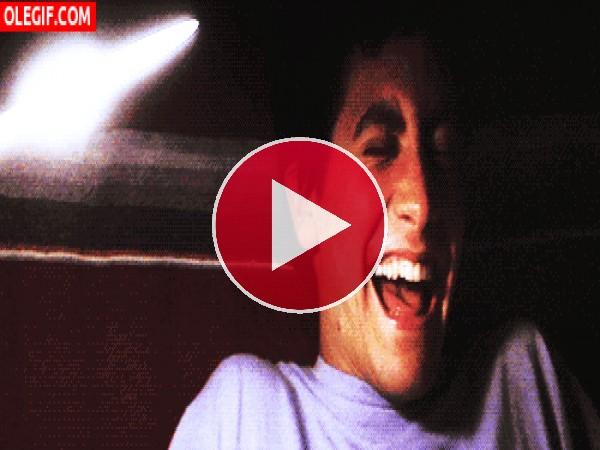 Un joven Jake Gyllenhaal muerto de la risa