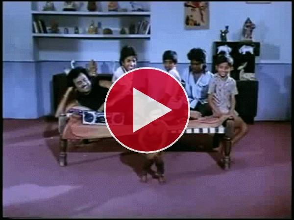 GIF: El baile de un niño indio