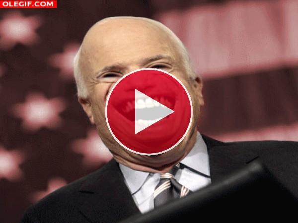 GIF: El terrorífico John McCain