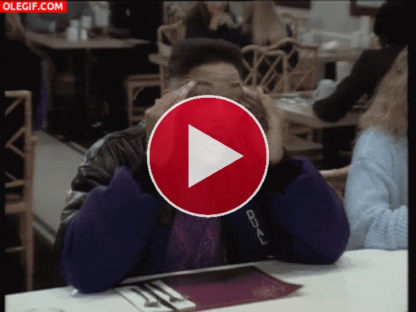 GIF: La extraña cara de Will Smith cuando le duele la cabeza
