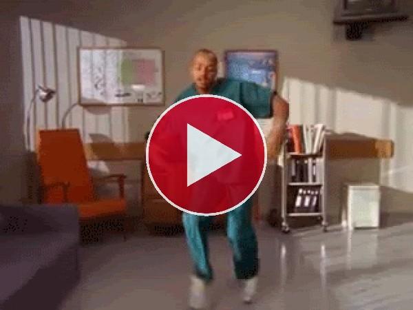 GIF: Este enfermero baila sin parar