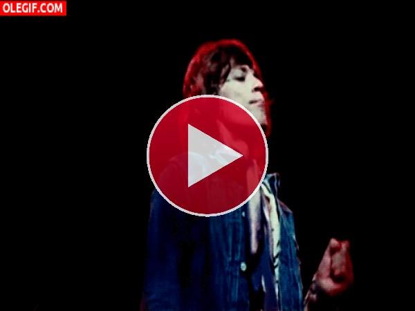 GIF: El bailecito de Mick Jagger