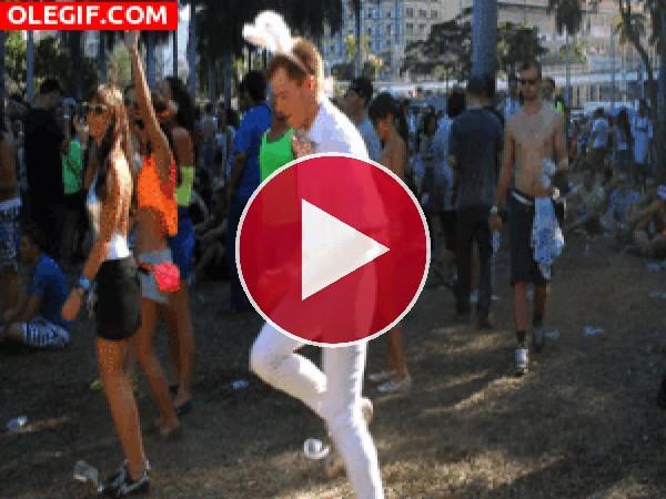 GIF: El baile del conejito