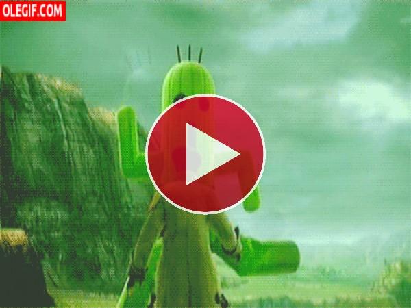GIF: Acorralado por un cactus gigante