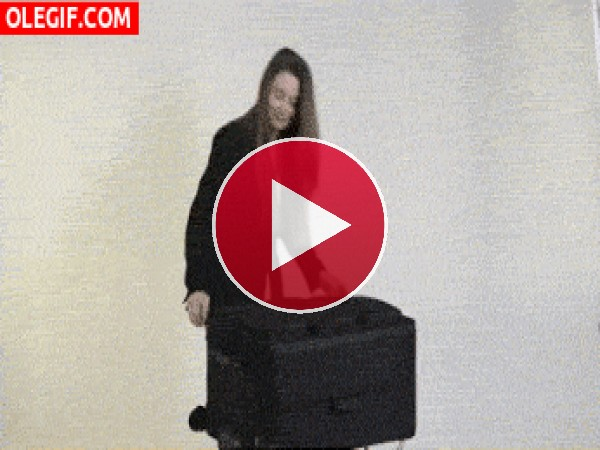 GIF: Una maleta bien organizada