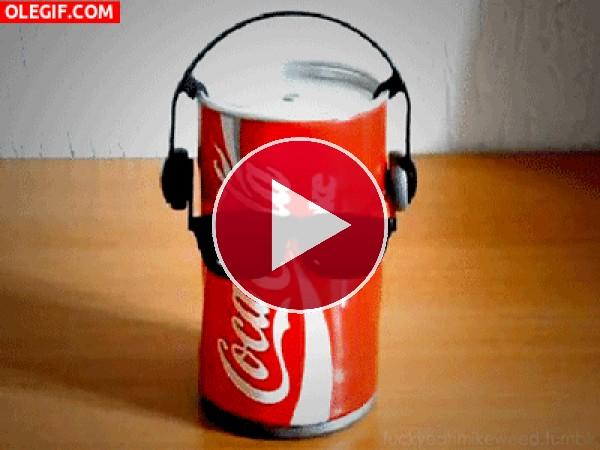 GIF: Una lata muy marchosa