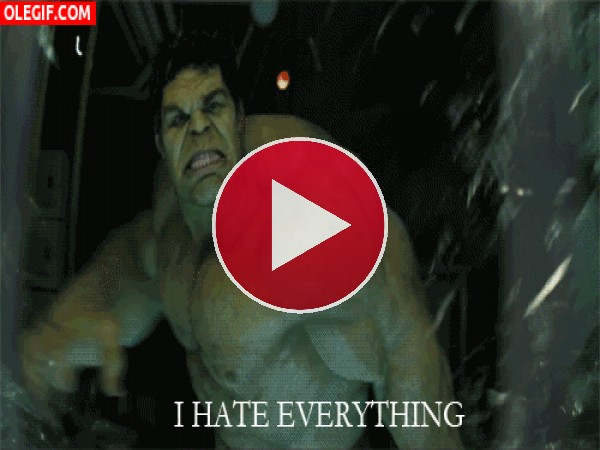 GIF: Hulk está muy cabreado