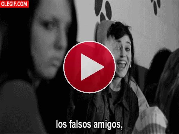 GIF: Los falsos amigos