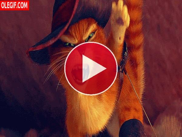 GIF: Las dos caras de El Gato con Botas