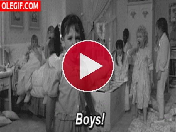 GIF: ¡Odiamos a los niños!