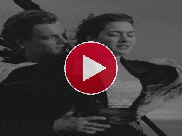 GIF: La mítica escena de Titanic
