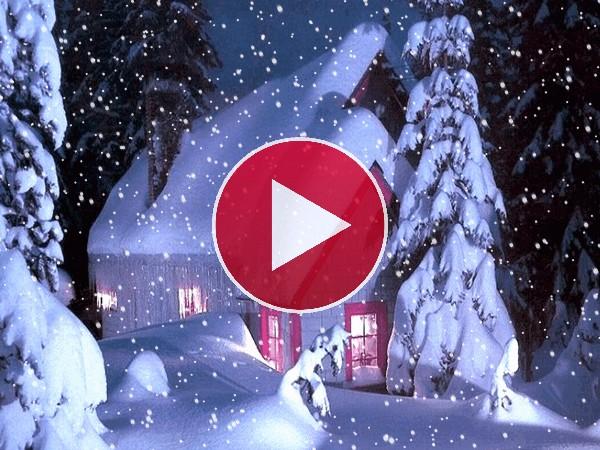 GIF: Noche de nieve en Navidad