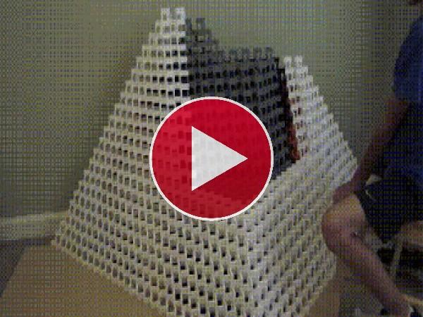 La pirámide se vino abajo