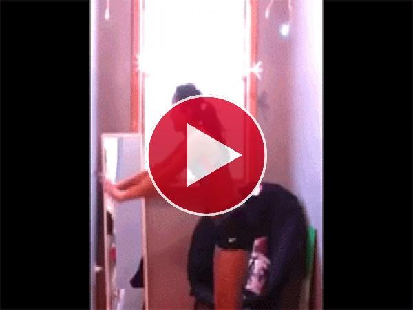GIF: Culito arriba y... al suelo