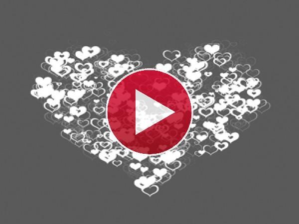 Pequeños corazones en un gran corazón