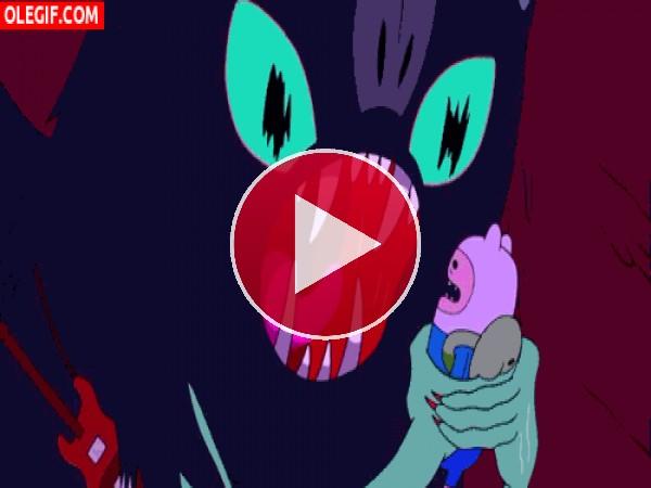 Marceline asustando y besado a Finn