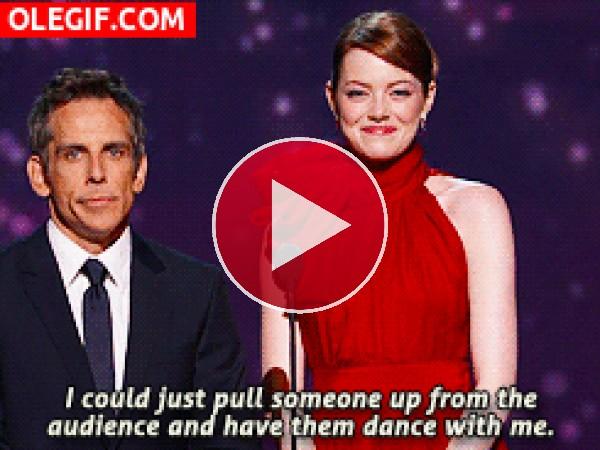 GIF: Emma Stone y Ben Stiller en la gala de los Oscar
