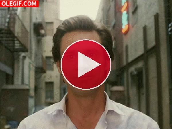 GIF: Jim Carrey está feliz