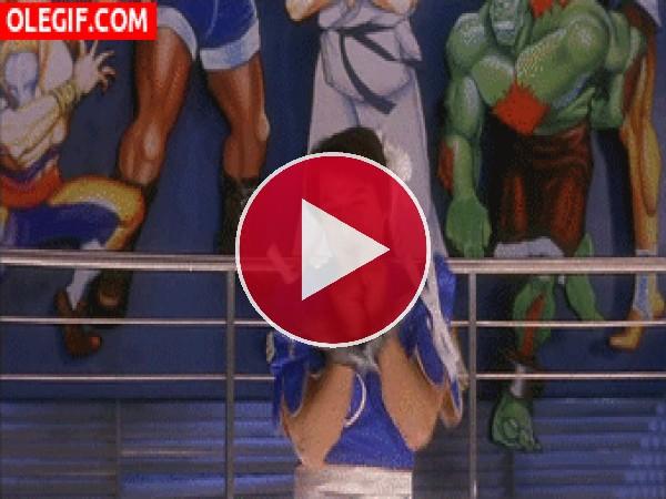 GIF: Jackie Chan convertido en Chun Li