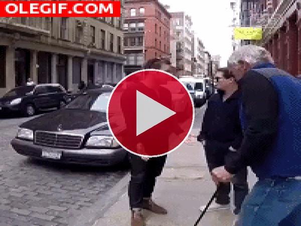 GIF: Menudos ladrones