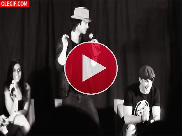 GIF: Ian Somerhalder bailando