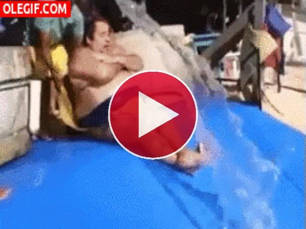 GIF: El hombre tsunami