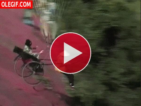 GIF: Volando en un carro