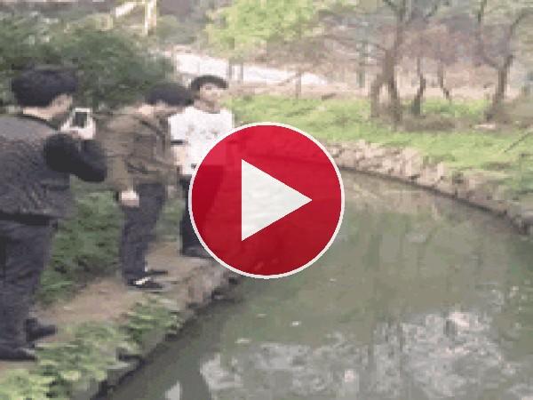 GIF: No conseguí saltar el río