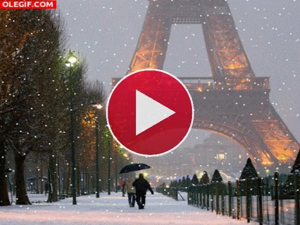 GIF: Nevando en París
