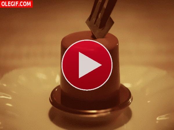 Un delicioso pastel de chocolate
