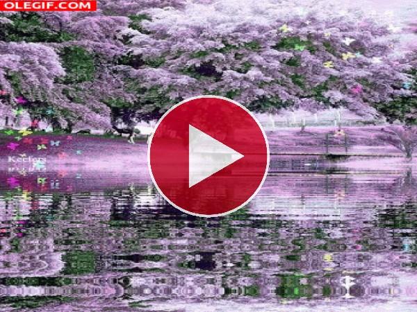 Árboles florales reflejados en el lago