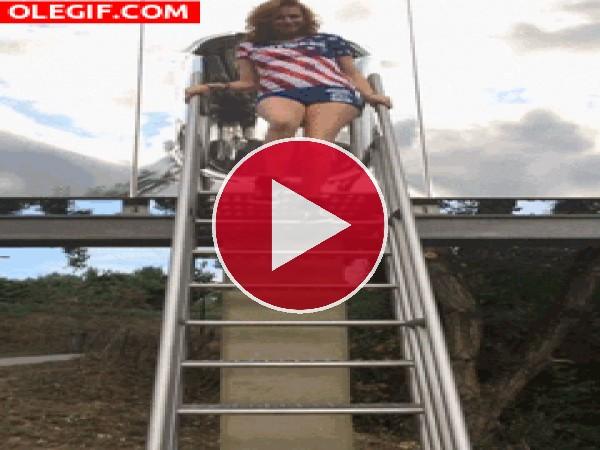 GIF: Resbalé por las escaleras