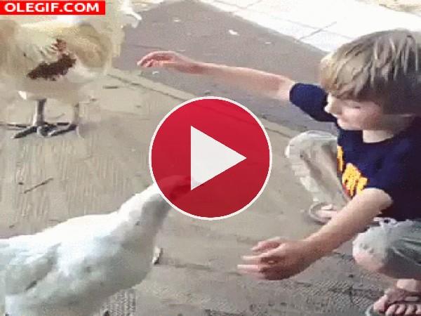 GIF: ¡Dame un abrazo amiga!