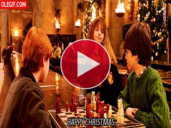 """GIF: Hermione os desea """"Feliz Navidad!"""