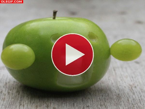 GIF: Una divertida manzana