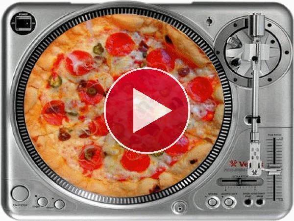 GIF: Pizza girando en un tocadiscos