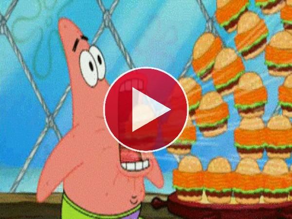 GIF: Patricio succionando hamburguesas