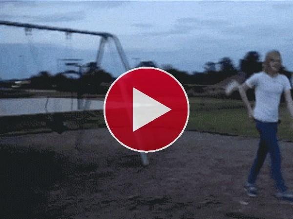 GIF: Saltando al columpio