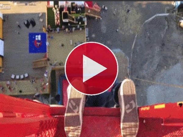 GIF: Saltando 52 metros