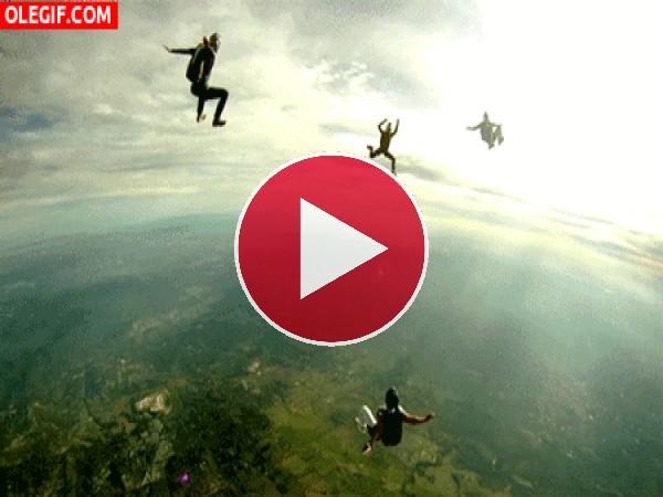 Suspendidos en el aire