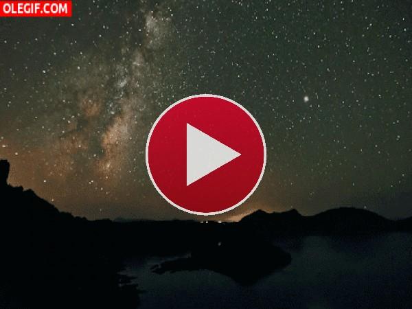 GIF: La Vía Láctea en movimiento